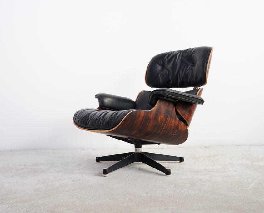 Eames Lounge Chair Contura