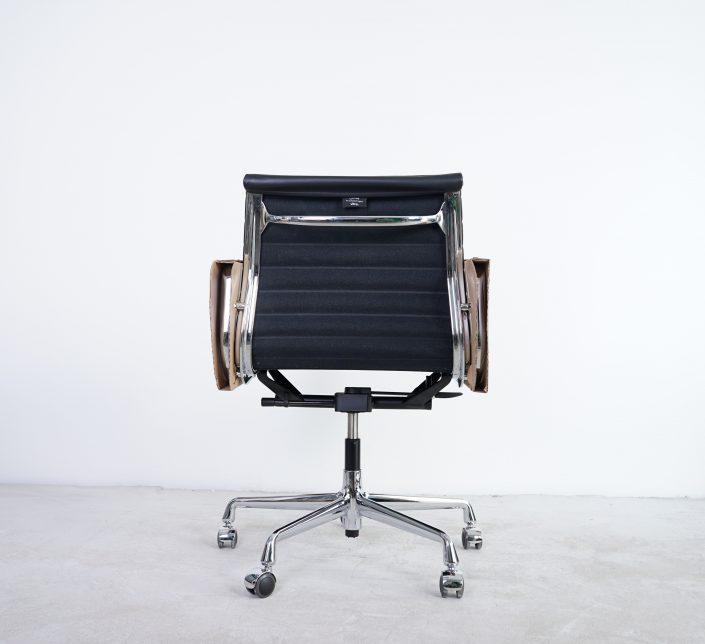 Vitra Alu Chair EA117 Bürostuhl Leder
